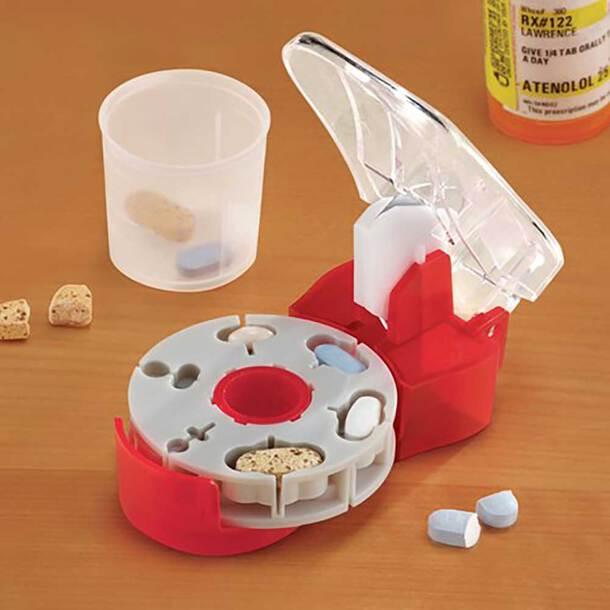 Universal Pill Cutter