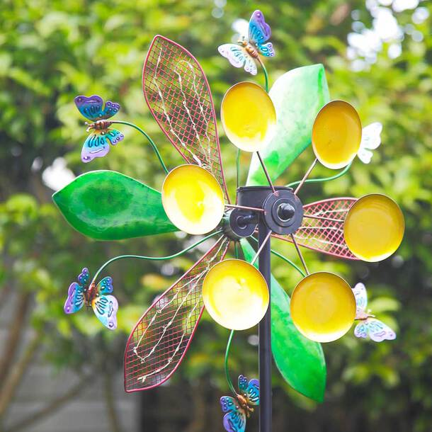 LED Light-up Colour-Changing Solar Butterfly Spinner