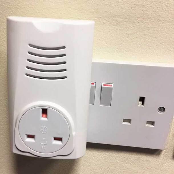 Cordless Plug-in Doorbell