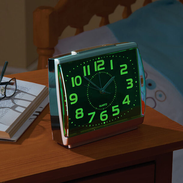 Easy-to-Read Glow-in-the-Dark Alarm Clock+1 FREE