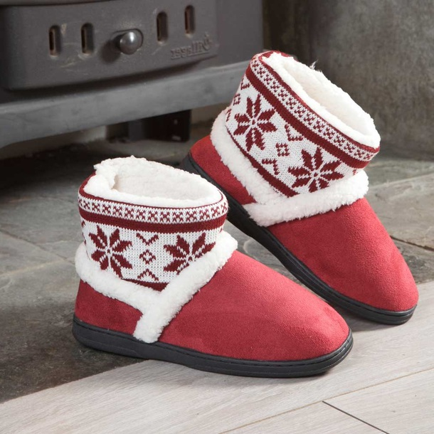Nordic Slippers Boots (Pair) + 1 Pair Free